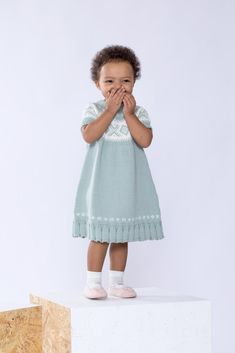 DG378-27 Cortina kjole lys jade | Dale Garn Girls Dresses, Flower Girl Dresses, Knitwear, Knitting, Wedding Dresses, Sweaters, Beautiful, Design, Fashion
