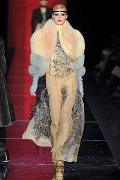 Isadora Rodrigues Simões de Oliveira - 4º estilismo matutino B - casaco feminino