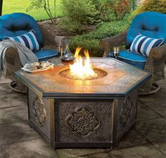 Get Warm Around These 15 Cool Fire Pits --> http://www.hgtvgardens.com/decorating/15-cool-fire-pit-ideas?s=3=pinterest