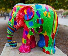 see previous image: Elephant Parade-La Vie en Rose