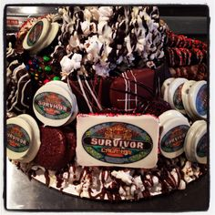 Custom tray for party Survivor Party, Acai Bowl, Tray, Holiday, Food, Products, Acai Berry Bowl, Vacations, Meal