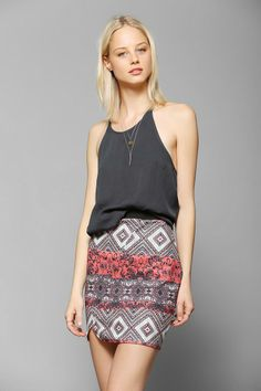 44a8fc0831e7 Sparkle & Fade Textured Print Mini Skirt #urbanoutfitters Boho Mode,  Sommarlooks, Urban Outfitters