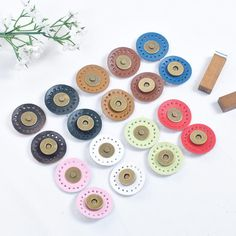 [Visit to Buy] Accessories diy handmade patchwork circle sew-on magnetic buckle multi-color genuine leather handmade bag magnetic snap buttons #Advertisement