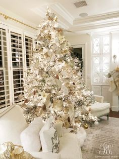 diy christmas tree decorations that spells out elegance in bold letters 2 ~. diy christmas tree decorations th.