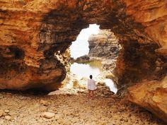 The Grotto. #greatoceanroad by nikolettasbubble