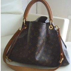 Tip: Louis Vuitton Handbag (Brown) #Louis #Vuitton #Handbags