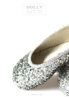 ISSUU - DOLLY SHOES FIRST EDITION by Le Petit Tom ® Handmade in Italy BABY SHOES & GIRL SHOES BALLERINA'S by Le Petit Tom ®