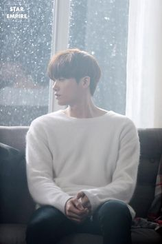 Last time, we speculated that ZE:A& Hyungsik may be making his solo debut soon when he dropped a mysterious MV teaser. Park Hyung Sik, Asian Actors, Korean Actors, Strong Girls, Strong Women, W Two Worlds, Park Bo Young, Do Bong Soon, Sung Kyung