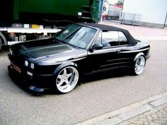 BMW E30 3 series black deep dish widebody