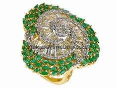 Jewellery Designs: Heavy Diamond Emeralds Ring