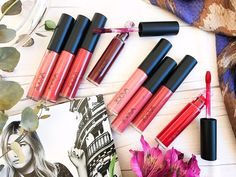 The legendary European beauty brand ZOEVA, have a cult-like following for a good reason and this November they are giving us some serious lipstick envy! They are launching not one, but two incredibly alluring collections of liquid lipsticks that promise an innovative, long-lasting formula and richly saturated, sensual colors. The collections differentiate based on finish: an ultra-matte velvety formula called Pure Velours Lips and an outstandingly glossy formula called Pure Lacquer Lips.
