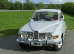 Saab 96 | Uncle had an older model, forest green. One of my first car rides! :)