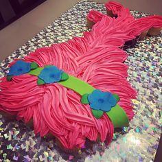 Poppy hair, don't Poppy Troll Pull Apart Cupcake Cake
