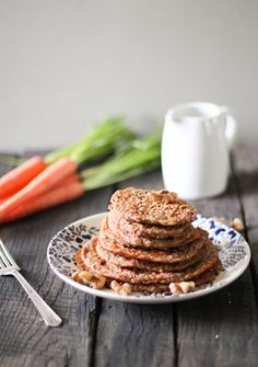 Simple vegan & gluten free pancakes in 10 minutes. Carrot Cake Pancakes | Nutrition Stripped