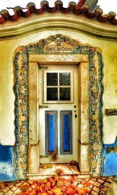Ericeira, Portugal Front Doors, Windows And Doors, Decorative Doors, Portugal, Traditional Doors, Sea Photo, Unique Doors, Door Knockers, Doorway