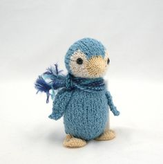 Blue penguin so cute for my room