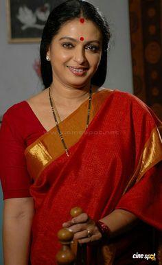 Seetha in Amma Nanna O Sneham Beautiful Girl Indian, Beautiful Saree, Beautiful Indian Actress, Vidya Balan Hot, Indian Face, Saree Navel, India People, Exotic Women, Saree Blouse Designs
