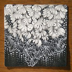 Maria Thomas, Zentangle Founder using Sanibelle Zentangle Drawings, Doodles Zentangles, Doodle Drawings, Tangle Doodle, Zen Doodle, Doodle Art, Doodle Inspiration, Doodle Patterns, Zentangle Patterns