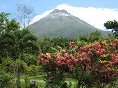 Costa Rica Volcanoes To Visit-Arenal-Poas-Rincon De La Vieja