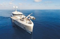 How Achille Salvagni's 'Endeavor II' Yacht Goes Beyond the Sea Best Yachts, Luxury Yachts, Expensive Yachts, Yacht Fashion, Beyond The Sea, Yacht Boat, Power Boats, Water Crafts, Luxury Real Estate