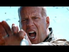 I want to see this movie - LOOPER Trailer 2012 Bruce Willis Movie - Official [HD]