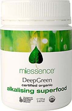 DeepGreen Alkalising Superfood contains only certified organic blue-green algae, greengrass juices and leafy green vegetables. The abundance of critical enzymes nourishes and alkalises the entire body. Organic Recipes, Raw Food Recipes, Protein Metabolism, Natural Remedies For Arthritis, Bone Density, Eating Organic, Get Healthy, Healthy Eating, Vitamins