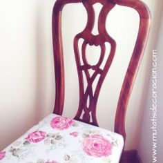 Cómo tapizar una butaca rústica. TUTORIAL Wishbone Chair, Diy, Furniture, Home Decor, Canapes, Ideas, Refinished Chairs, Chair Upholstery, Colors