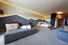 Welcome to Falkensteiner Hotel Sonnenalpe. Located at 1500 m above sea level, our family hotel offers Alpine charm in the Nassfeld ski area. Double Room, Double Beds, Modern Family Rooms, Alpine Style, Spa Breaks, S Spa, Superior Room, Living Spaces, Living Room