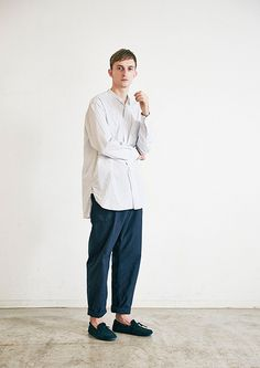 Sweater Outfits, Casual Outfits, Men Casual, Muslim Men, Mens Trends, Latest Mens Fashion, Winter Fashion Outfits, Facon, Muslim Fashion