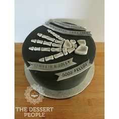 A special hand skeleton cake for a graduation. #nofilter  #thedessertpeople #doctor #doctorcake #nofilters #nofilterneeded #graduation #cake #cakes #cakedecorating #cookies #cookie #cookiesncream #foodie #food #picstitch #picoftheday #pics #photo #photoofday #photogrid #tbt #tb #love #baking #London #Kent #radiology#radiologist