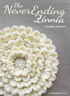 The NeverEnding Zinnia Crochet Pattern   Free Flower Crochet Pattern by Little Monkeys Crochet (www.littlemonkeyscrochet.com)