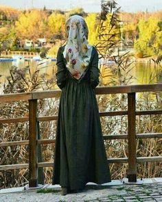Hijabi Girl, Girl Hijab, Hijab Outfit, Beautiful Hijab Girl, Beautiful Girl Image, Stylish Hijab, Hijab Chic, Teenage Girl Photography, Girl Photography Poses