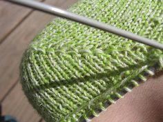 "Knitting socks with a heel ""Boomerang"" Knitting Stitches, Knitting Socks, Baby Knitting, Knitted Hats, Knitting Patterns, Crochet Girls, Knit Crochet, Crochet Hats, Creative Knitting"