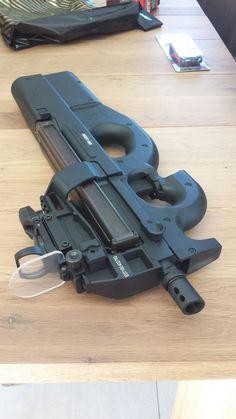 Weapons Guns, Guns And Ammo, Bushcraft, Fn Herstal, Hello Kitty Kitchen, Man Cave Room, Good Birthday Presents, Submachine Gun, Gun Cases