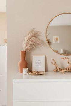 Room Ideas Bedroom, Home Decor Bedroom, Living Room Decor, Bedroom Inspo, Bedroom Wall Colour Ideas, Mirror In Bedroom, White Room Decor, Men Bedroom, Boho Chic Bedroom