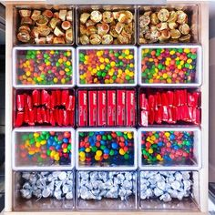 THE Tips: Snack Organization – The Home Edit – Hobbies paining body for kids and adult Kitchen Organization Pantry, Home Organisation, Pantry Storage, Organization Hacks, Organized Pantry, Diy Storage, College Organization, Bathroom Organization, Organizing Ideas