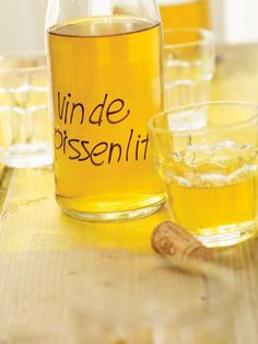 Try this homemade dandelion wine recipe, the ultimate spring project! Cocktail Drinks, Wine Drinks, Alcoholic Drinks, Beverages, Bourbon, Dandelion Recipes, Old Fashioned Drink, Dandelion Wine, Cocktails