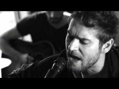 ▶ Johannes Oerding - Alles Brennt (Hotelzimmer Akustik Version) - YouTube