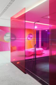 Kardashian Home Interior Institute for Aesthetics Hotel Nhow Berlin - Karim Rashid Office Interior Design, Office Interiors, Interior And Exterior, Workspace Design, Shop Interiors, Interior Paint, Home Design, Design Art, Best Office