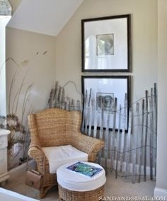 beige beach reading nook. If I saw this in someone's house I'd be so envious! Love the fence!
