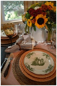 tablescapes, table settings, table decor, fall inspiration, autumn tablescapes, fall colors, table