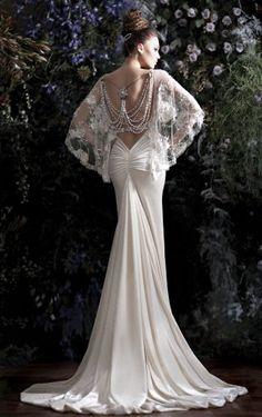 Beaded back drop Wedding Dress Stunning! GALIA LAVAH Designer Gown
