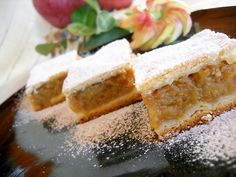Merry-cooks recipes, illustrated recipes: Cake with Apples - Almas Teszt No Cook Desserts, Sweets Recipes, My Recipes, Cake Recipes, Cooking Recipes, Favorite Recipes, Chinease Food Recipe, Turkish Recipes, Indian Food Recipes