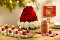 santa-hat-treats1.jpg (700×466)