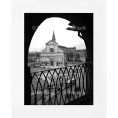 Archivio Foto Locchi Florence Fine Art Print on Mat Board 40 x 50 cm (15.7x19.7 inch) Image of Florence's Santa Maria Novella Piazza in the 50s. Fine Art Print 30 x 40 cm (11.8x15.7 inch) on museum-quality paper in accordance with ISO 9706 with certificate of authenticity. - Image: original photo of Florence's Santa Maria Novella Piazza in the 50s which comes from the Foto Locchi Historical Archives in Florence. - Print: high-quality photographic paper with gloss finish typical of vintage...