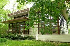 WORLD ARCHITECTURE DAY ~ FRANK LLOYD WRIGHT