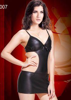 Seksi Bayan Giyim 3007; ince askılı, arkası çapraz askılı, mini Seksi elbise modelidir.