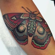 Death #moth landed on Debby! Made by @dansmithism...