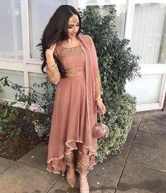 49 Ideas South Indian Bridal Lehenga Pakistani Dresses For 2019 Indian Wedding Outfits, Pakistani Outfits, Bridal Outfits, Indian Outfits, Eid Outfits, Bridal Dresses, Designer Punjabi Suits, Indian Designer Wear, Stylish Dresses