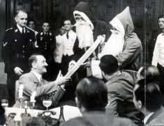How Hitler Tried To Redesign Christmas Unexplained Phenomena, Germany Ww2, The Third Reich, Historical Pictures, Rare Photos, Photojournalism, Business Design, Wwii, Christmas Time